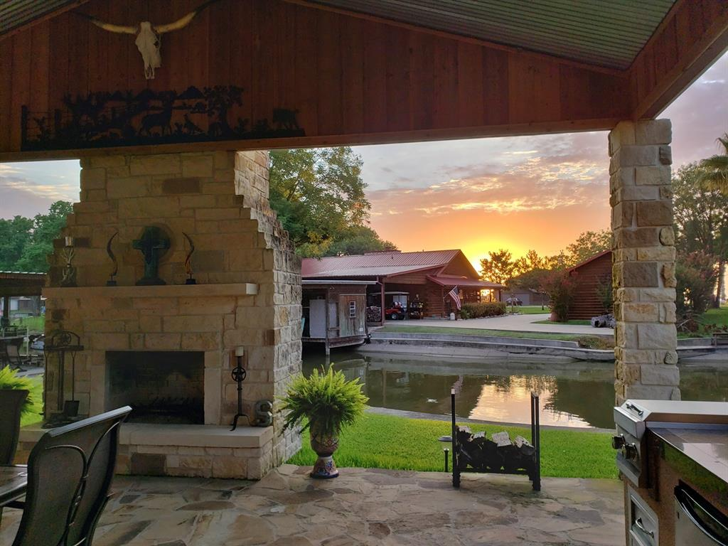 357 Governor Hogg Loop, Point Blank, TX 77364 - Point Blank, TX real estate listing