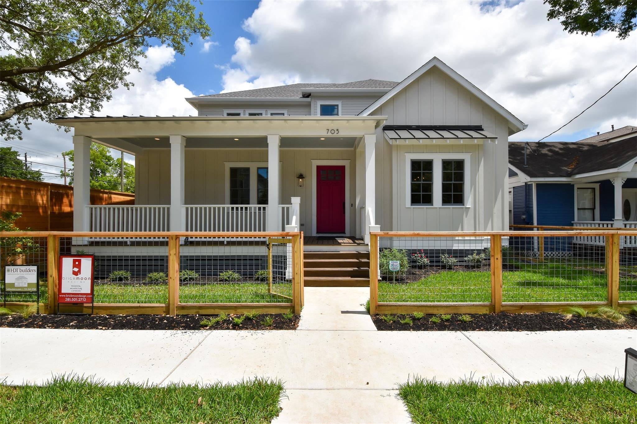 705 E 10th 1/2 Street Property Photo - Houston, TX real estate listing
