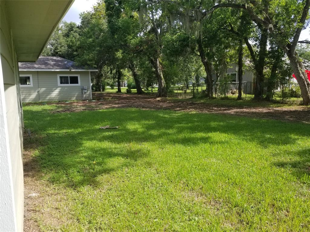 7031 Robinhood Lane, Jones Creek, TX 77541 - Jones Creek, TX real estate listing