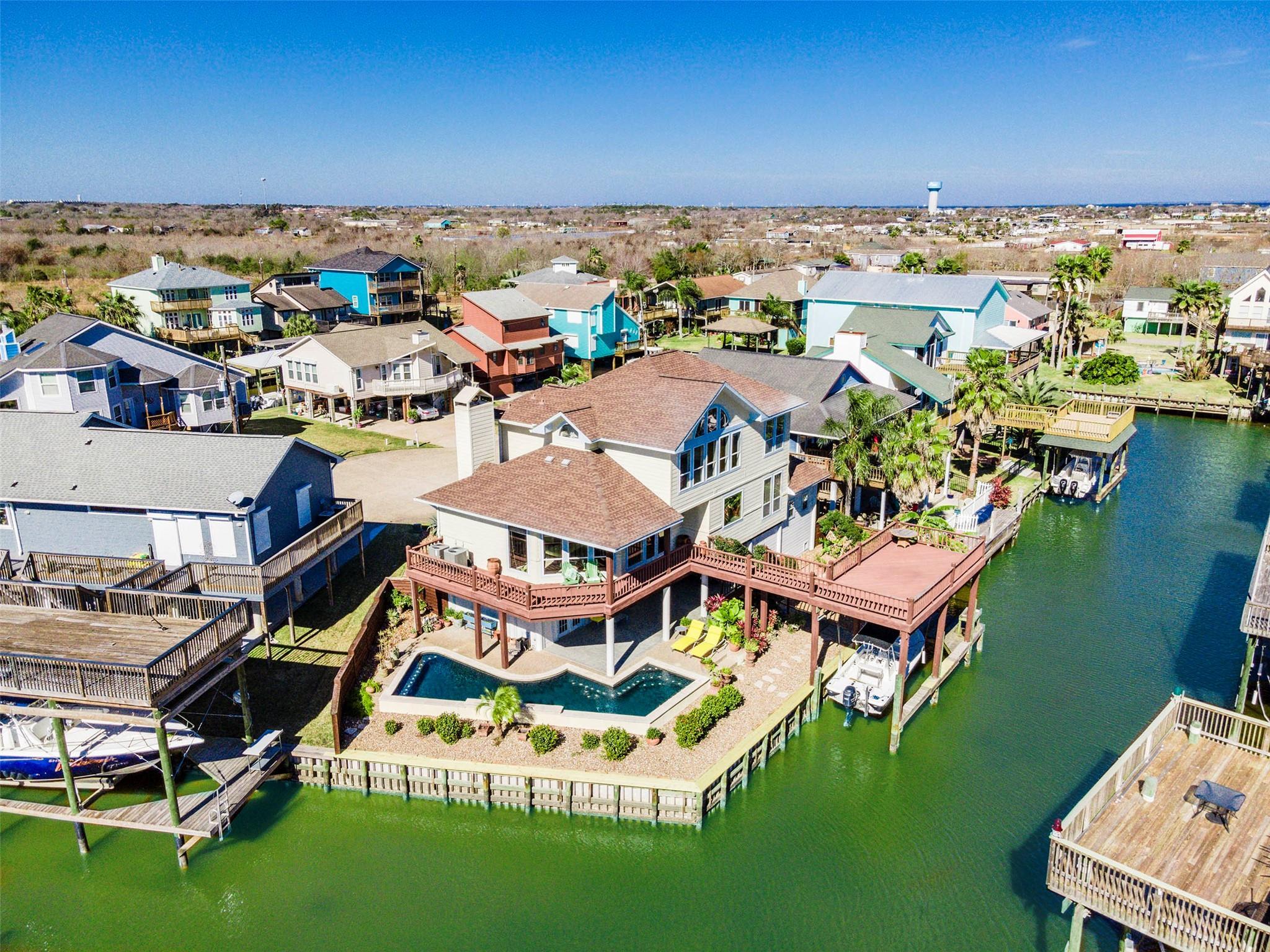 1223 Island Drive Property Photo