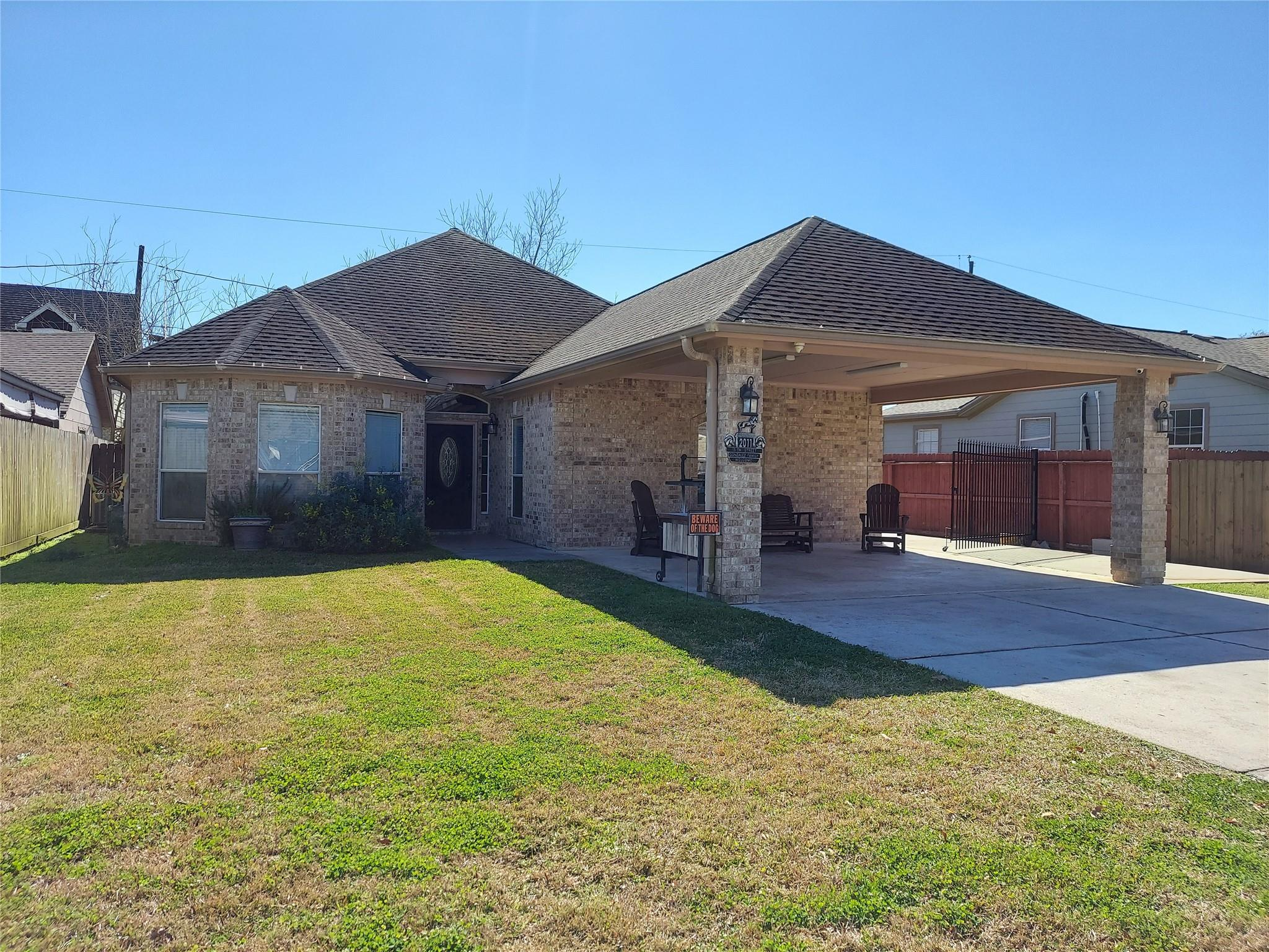 2011 13th Street Property Photo - Galena Park, TX real estate listing