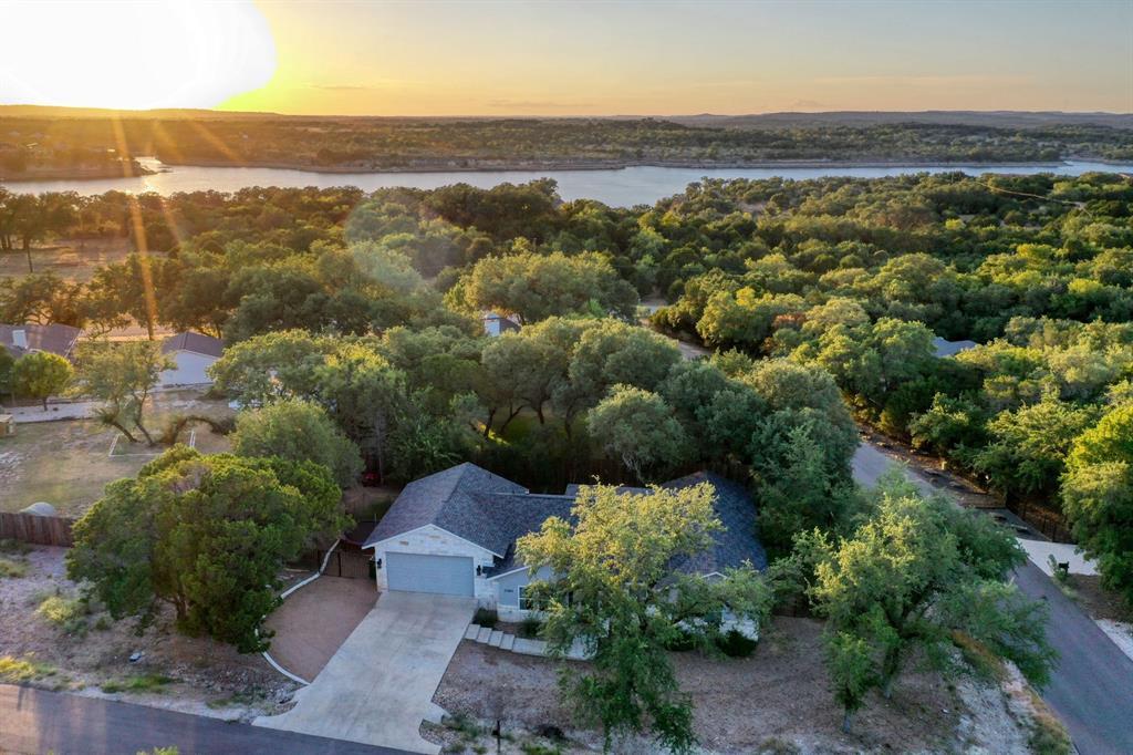 21800 Owens Cove Property Photo - Lago Vista, TX real estate listing