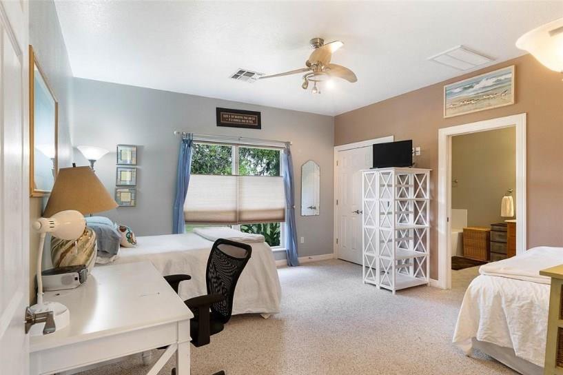 1250 County Road 677 Property Photo - Brazoria, TX real estate listing