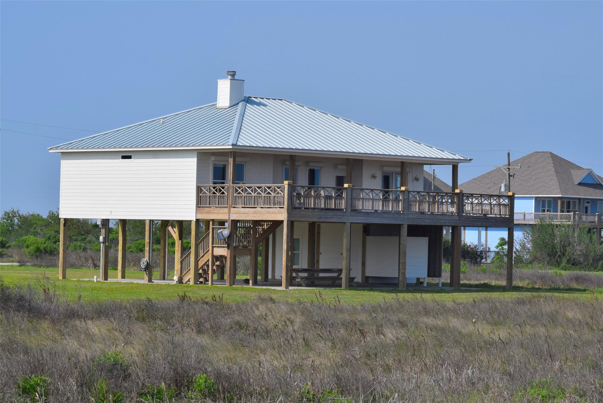 362 Atkinson Property Photo - Crystal Beach, TX real estate listing