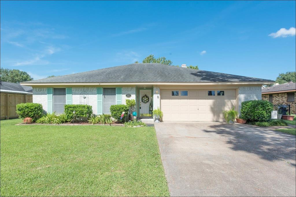 3158 Matterhorn Drive Property Photo - Port Neches, TX real estate listing