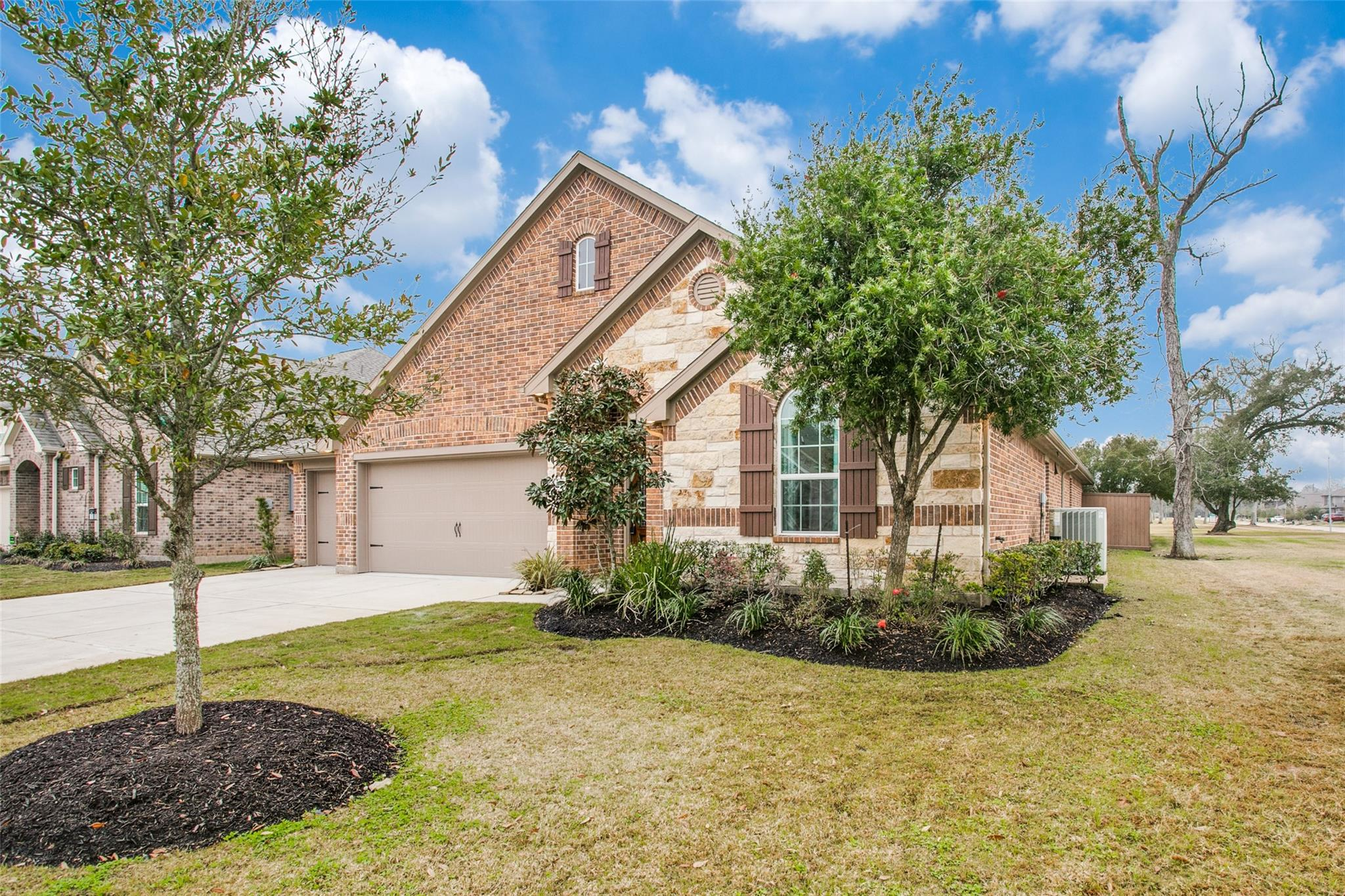 128 Canvasback Drive Property Photo - Clute, TX real estate listing