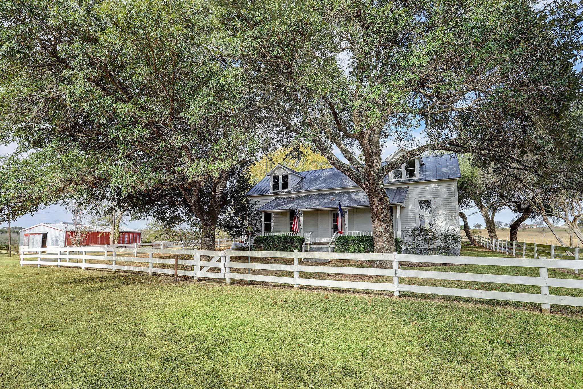 2545 Fm 1697 Road Property Photo - Burton, TX real estate listing