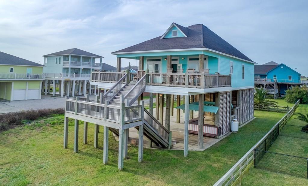 840 South Jacks St, Crystal Beach, TX 77650 - Crystal Beach, TX real estate listing