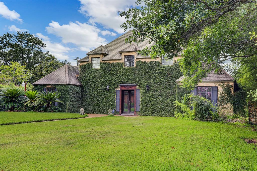 8003 Glen Dell Court Property Photo - Houston, TX real estate listing