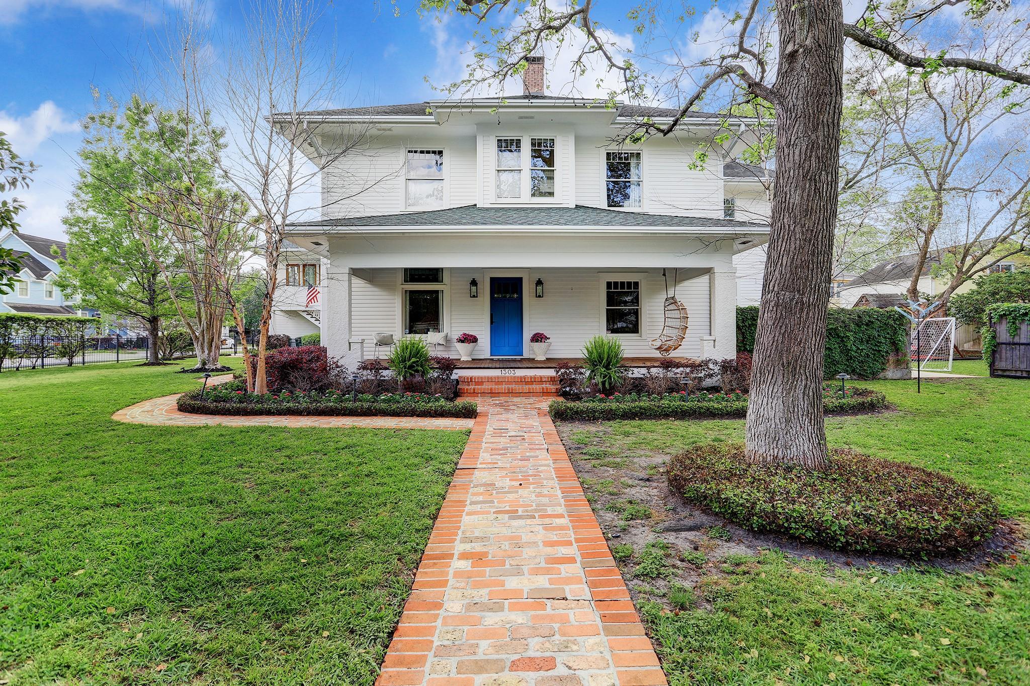 1303 Cortlandt Street Property Photo