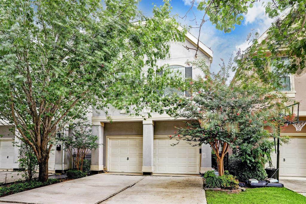 114 White Drive Property Photo - Bellaire, TX real estate listing
