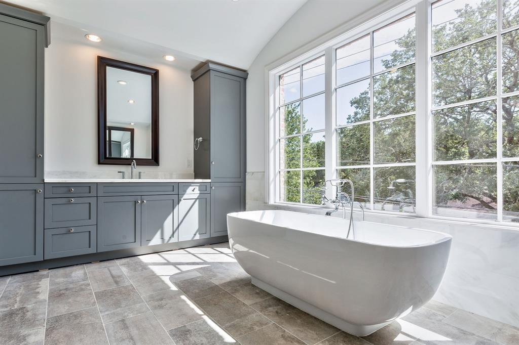 5409 Alder Circle, Bellaire, TX 77401 - Bellaire, TX real estate listing