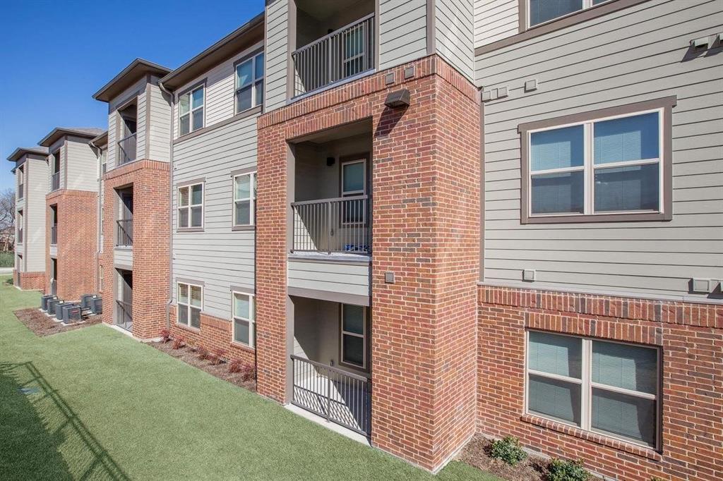 Hutchins Real Estate Listings Main Image