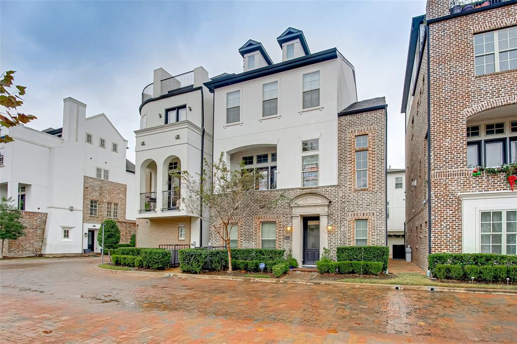 9644 Fannin Station W Property Photo - Houston, TX real estate listing