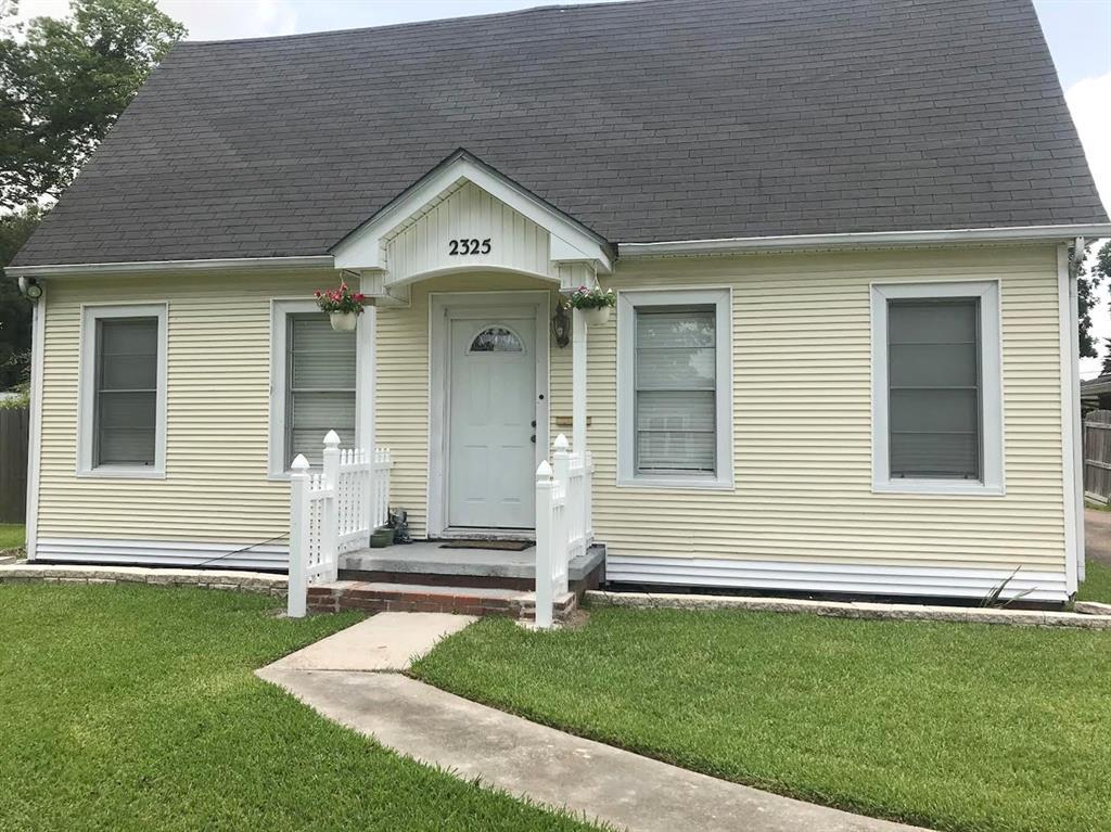 2325 Glenwood Drive Property Photo - Port Arthur, TX real estate listing
