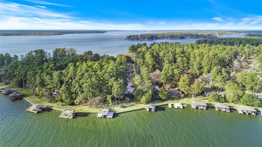 14200 Lakepoint Drive, Willis, TX 77318 - Willis, TX real estate listing