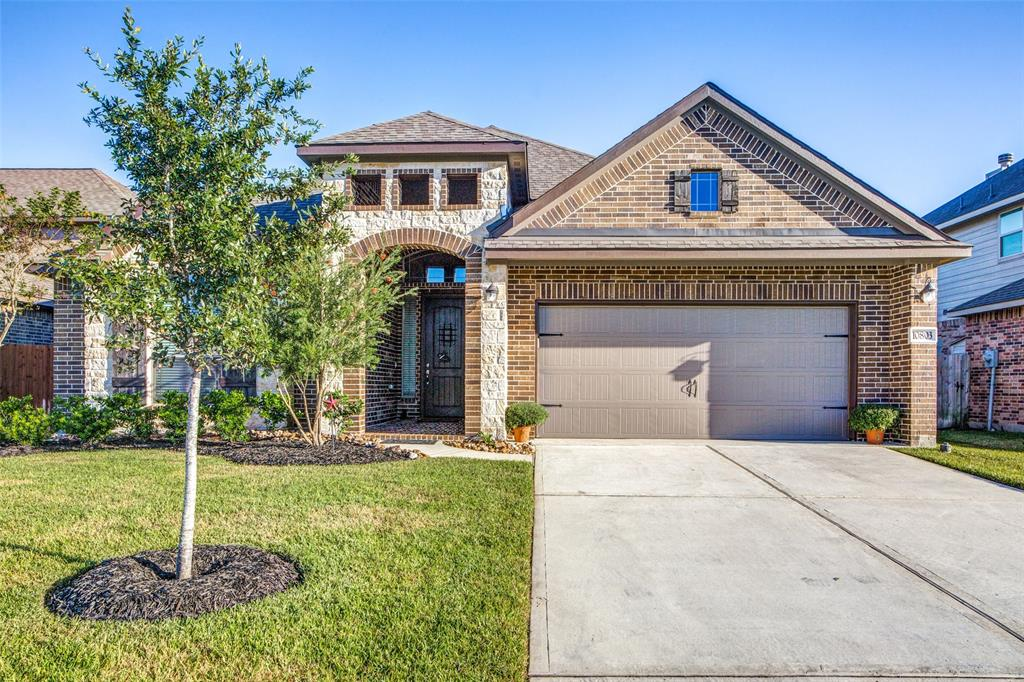 10803 Silver Shield Way Property Photo - Tomball, TX real estate listing