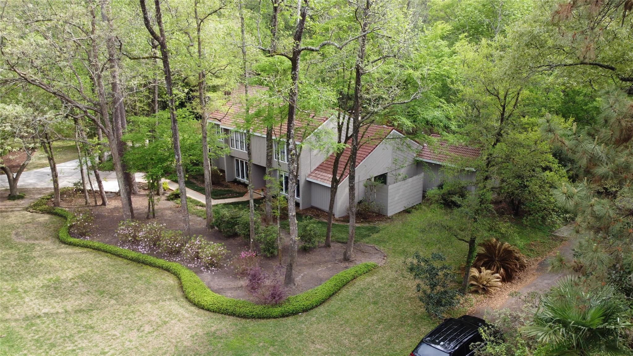 2621 Valley Manor Drive Property Photo - Kingwood, TX real estate listing