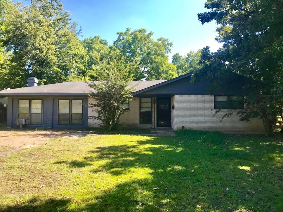 206 Moore Street, Navasota, TX 77868 - Navasota, TX real estate listing