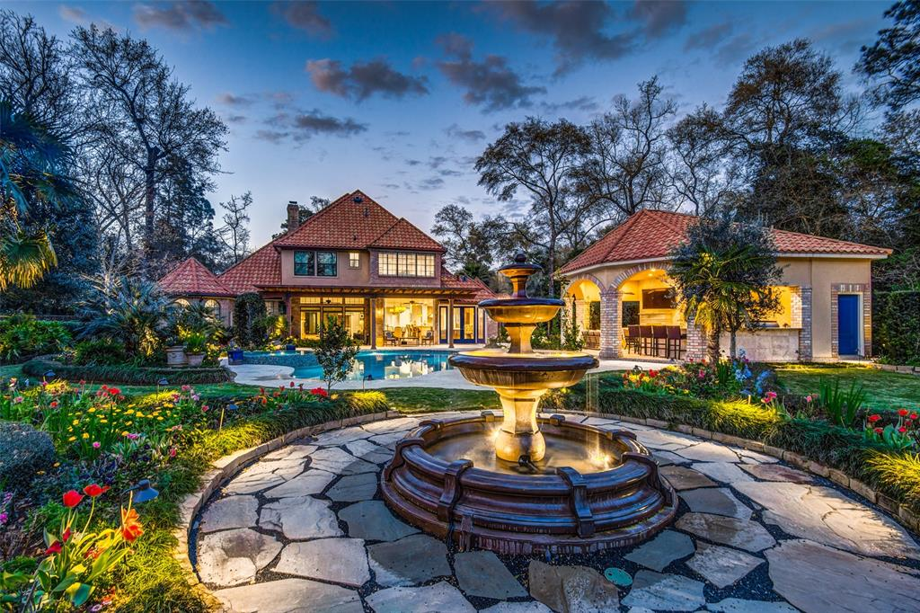62 Northgate Drive, The Woodlands, TX 77380 - The Woodlands, TX real estate listing