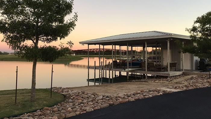 723 River Ranch Circle Property Photo - Martindale, TX real estate listing