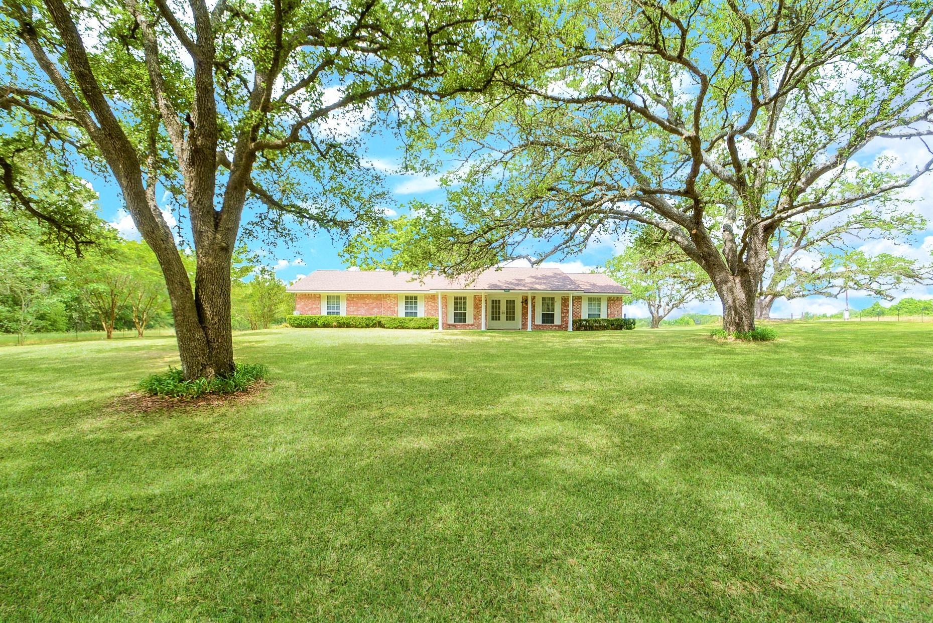 6929 Sommer Lane Property Photo 1