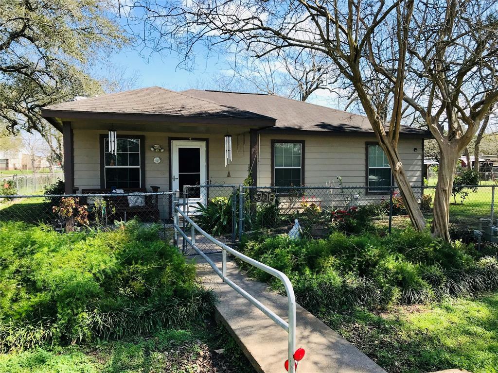 306 Main Street, Louise, TX 77437 - Louise, TX real estate listing