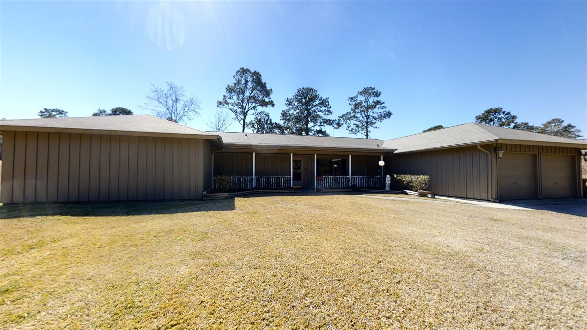 607 Masters Boulevard Property Photo - Brookeland, TX real estate listing