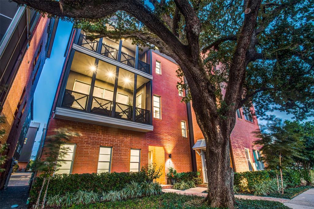 2711 Rusk Street Property Photo - Houston, TX real estate listing