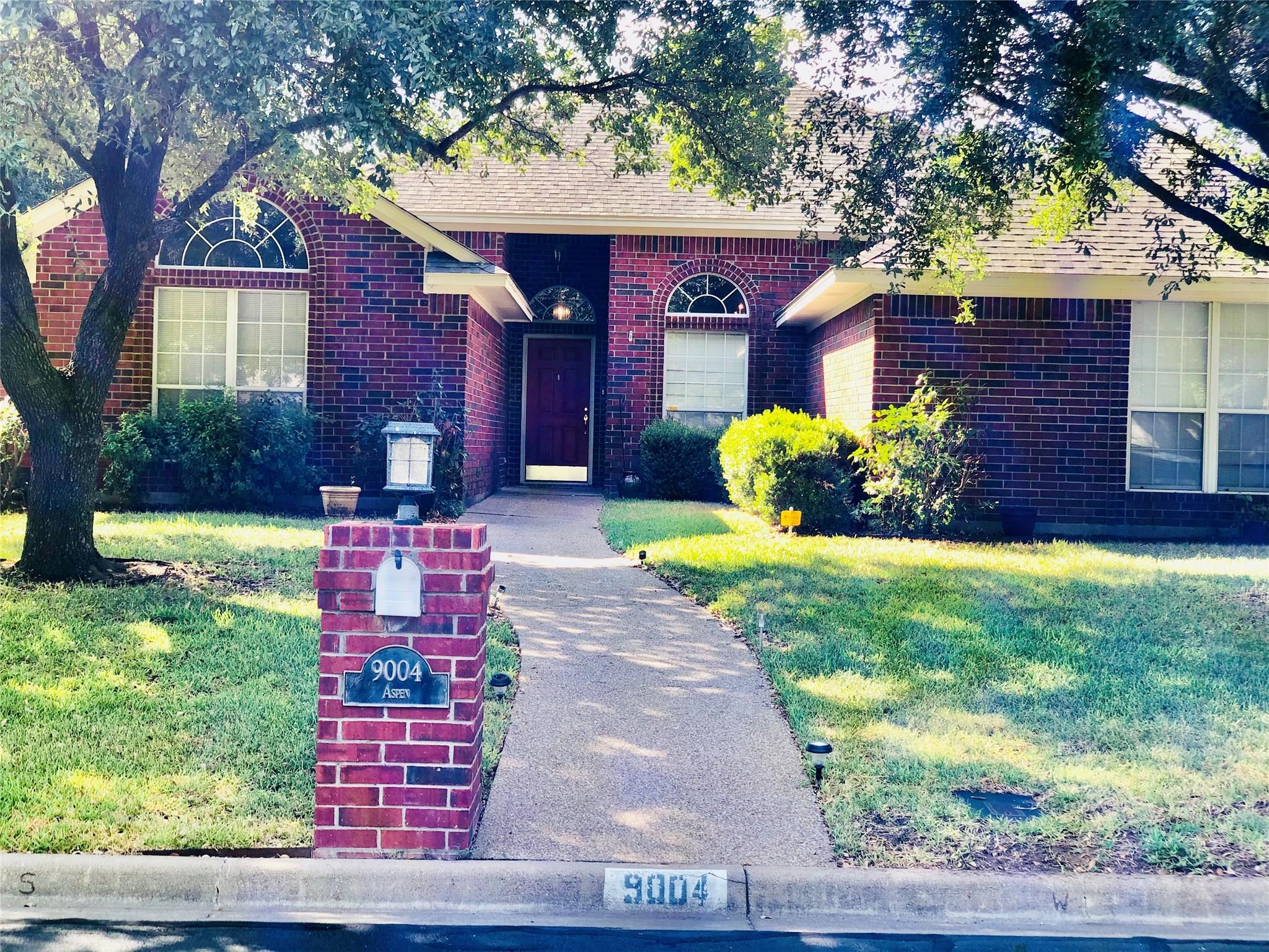9004 Aspen Drive Property Photo - Waco, TX real estate listing
