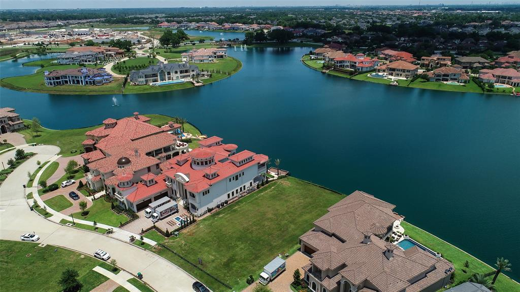 30 Haven Shore, Sugar Land, TX 77479 - Sugar Land, TX real estate listing