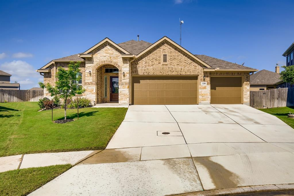 3200 Falconhead Property Photo - New Braunfels, TX real estate listing