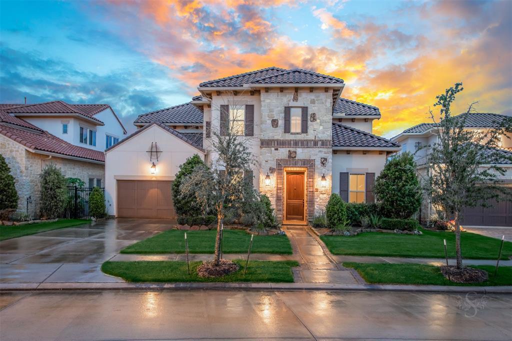 11 Quiet Vista Drive Property Photo - Sugar Land, TX real estate listing