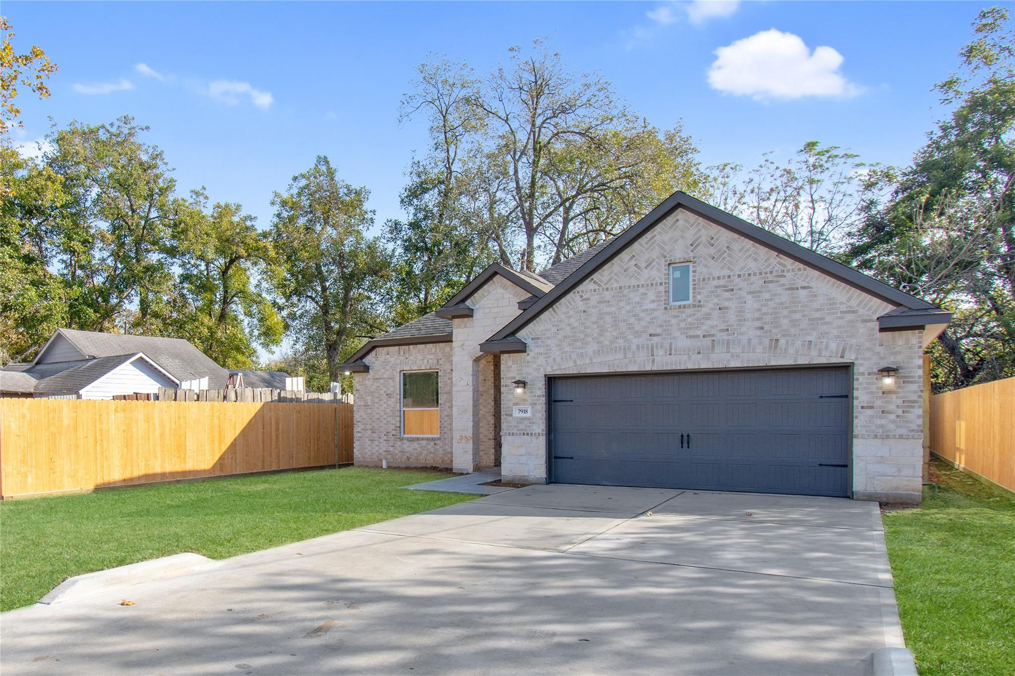 7918 Easter Street Property Photo - Houston, TX real estate listing