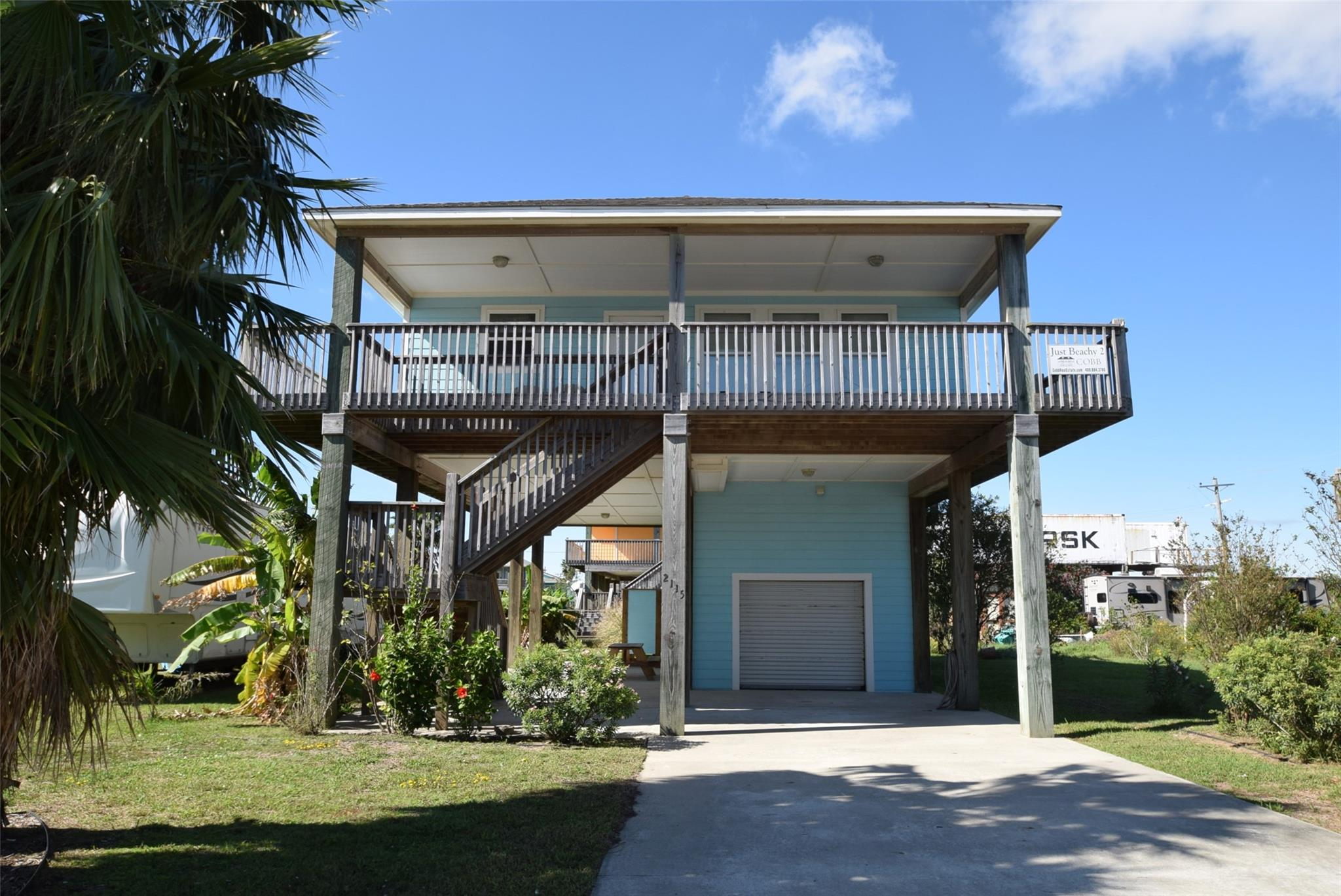 2115 Pond Property Photo - Crystal Beach, TX real estate listing