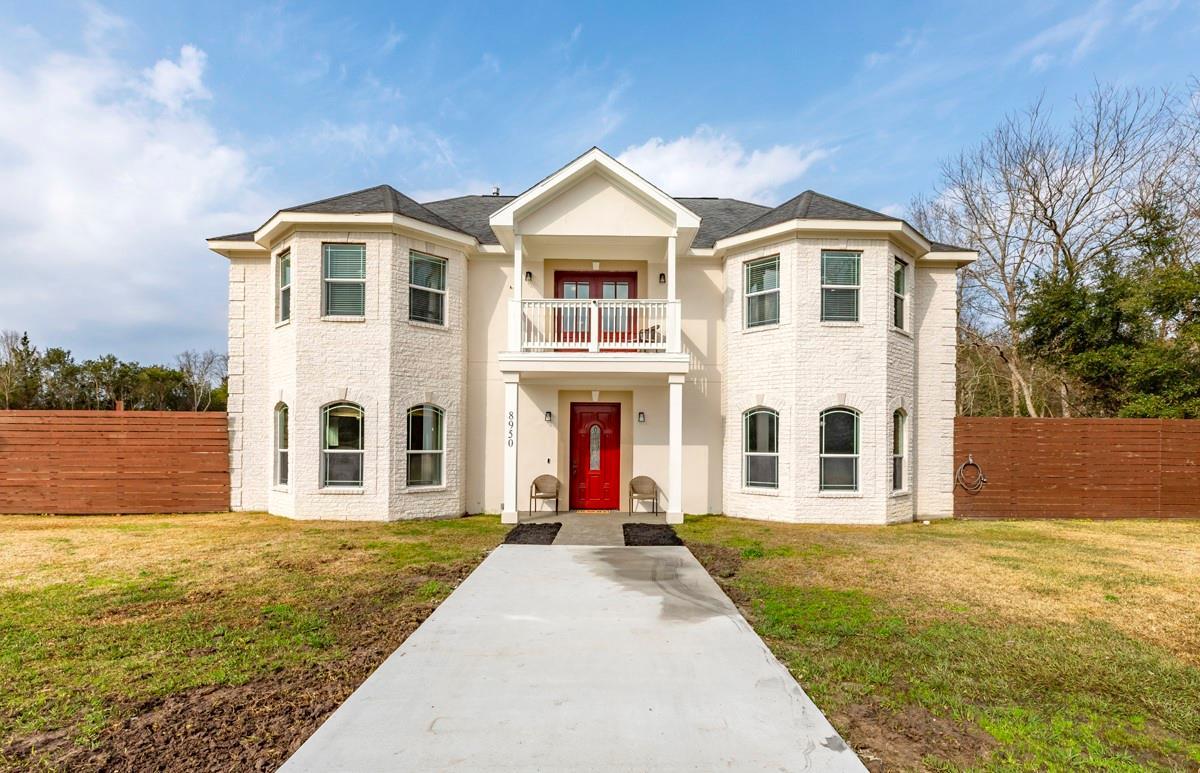 8950 Washington Boulevard Property Photo