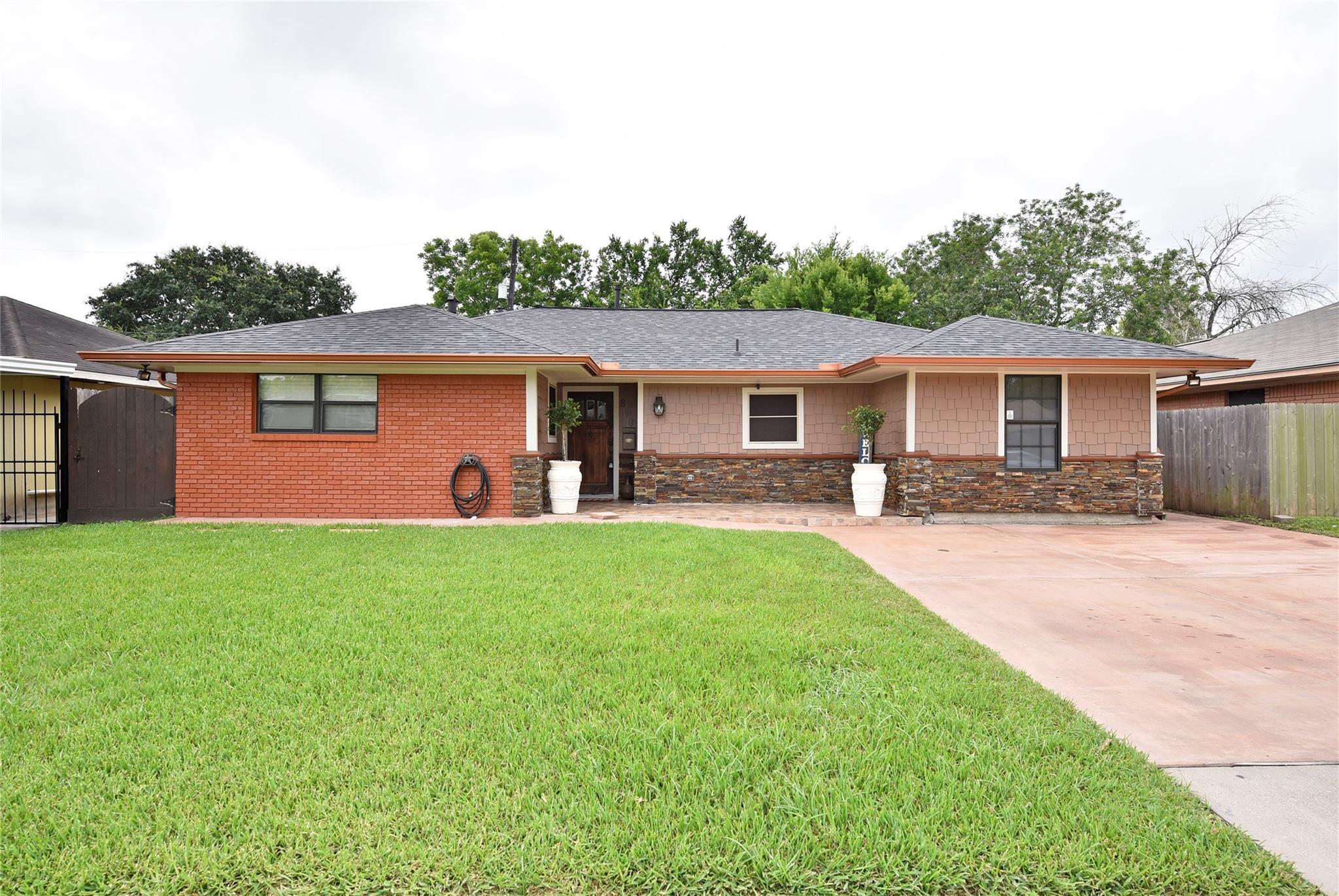 810 Creager Street Property Photo