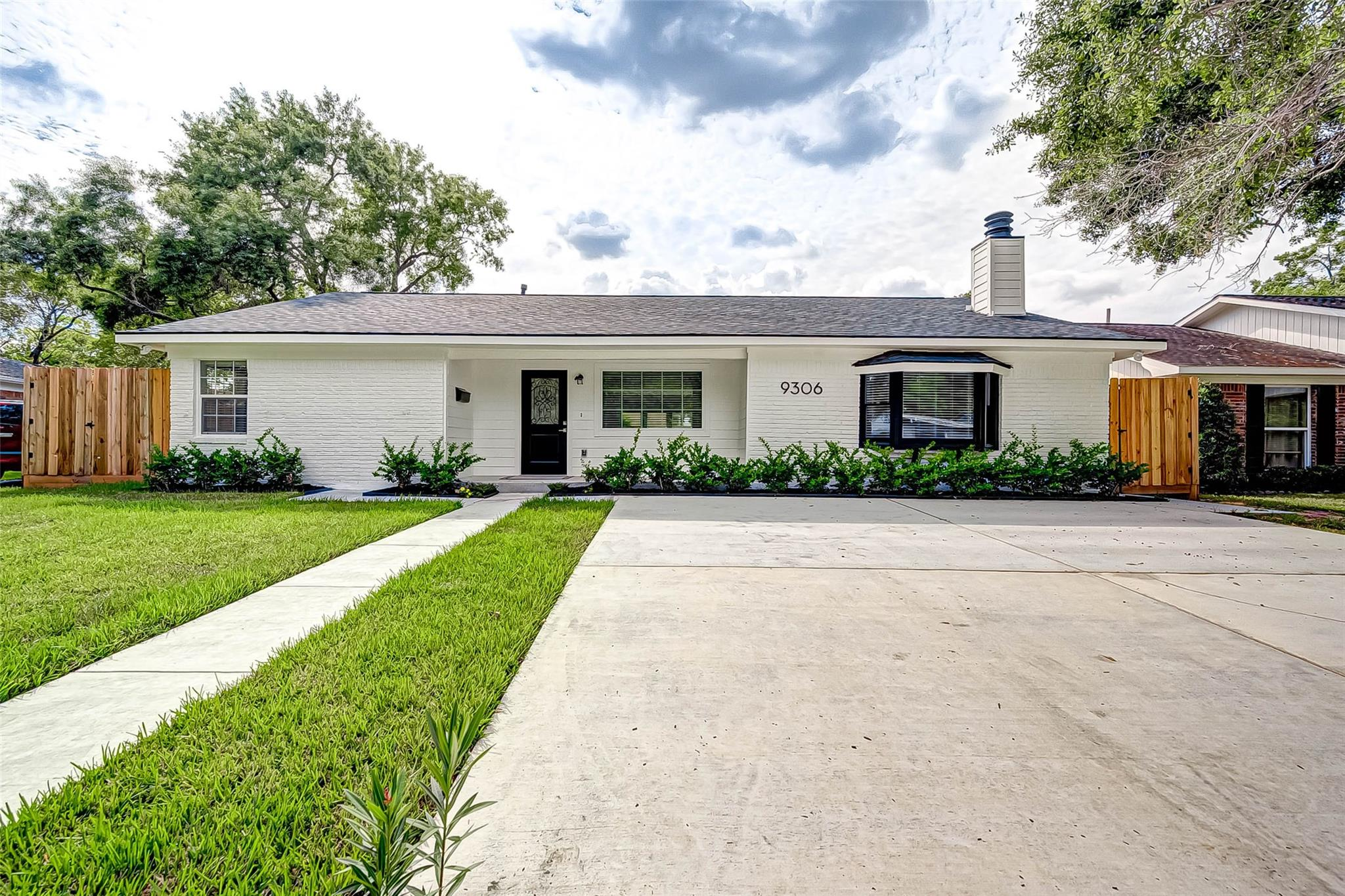 9306 Bintliff Drive Property Photo - Houston, TX real estate listing