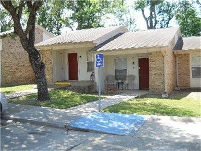 700 Piner Street Property Photo - Honey Grove, TX real estate listing
