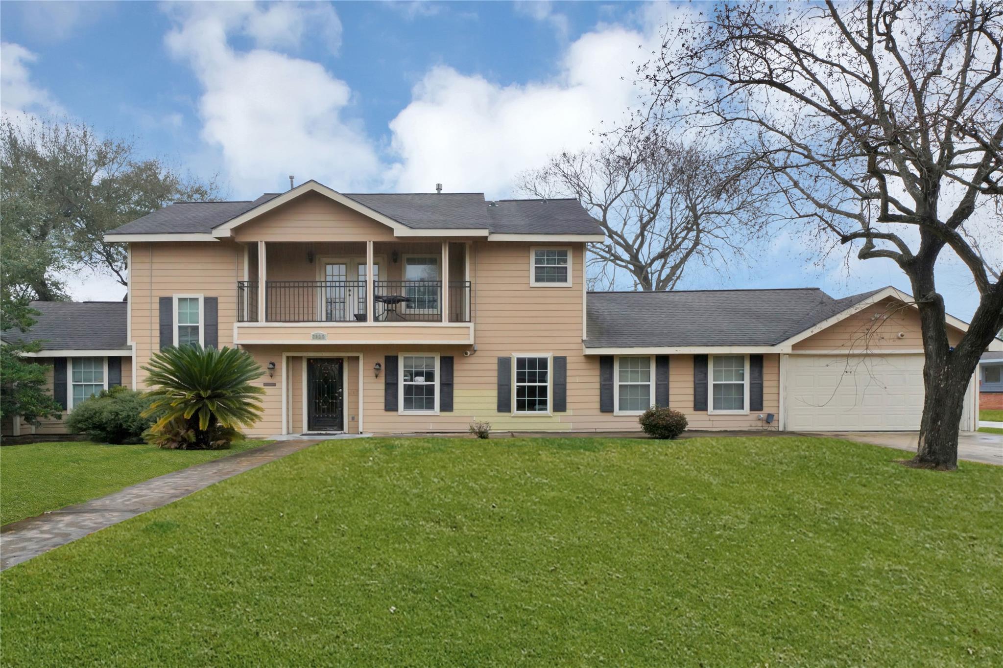 7923 Glenview Drive Property Photo
