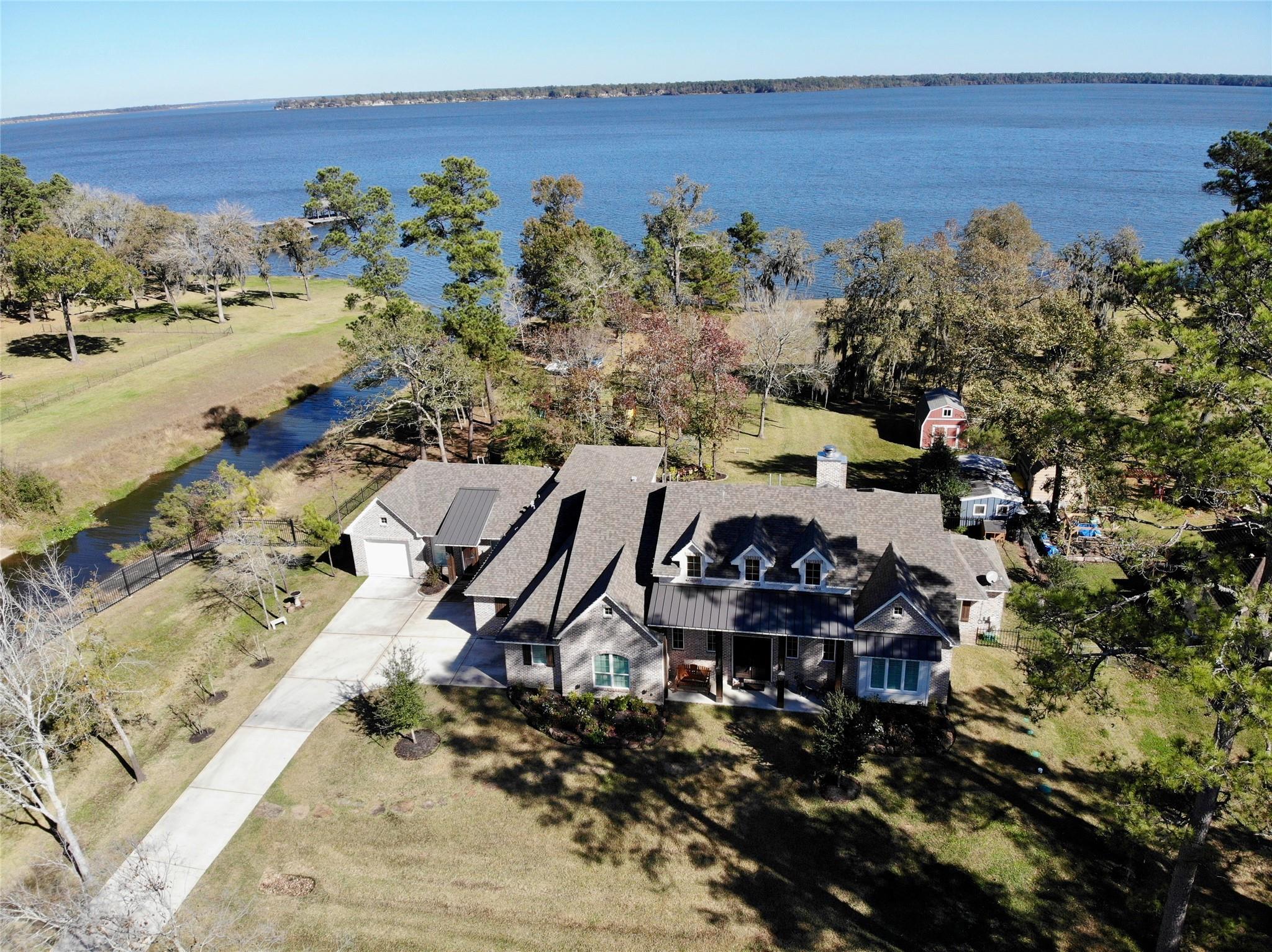 13218 Lakeside Terrace Drive Property Photo - Houston, TX real estate listing