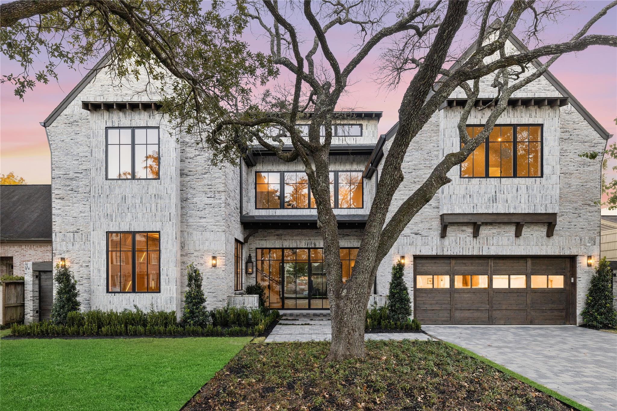 3709 Wickersham Lane Property Photo - Houston, TX real estate listing