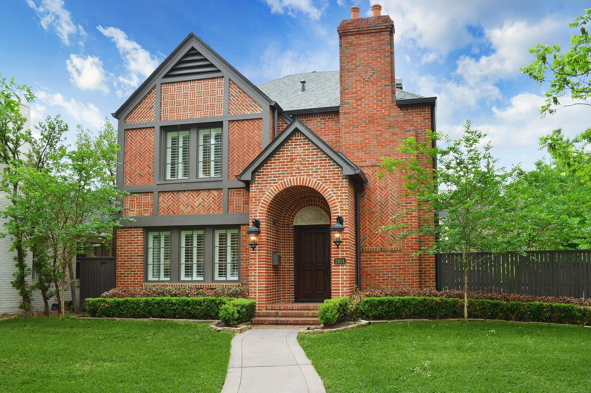2931 Amherst Street Property Photo