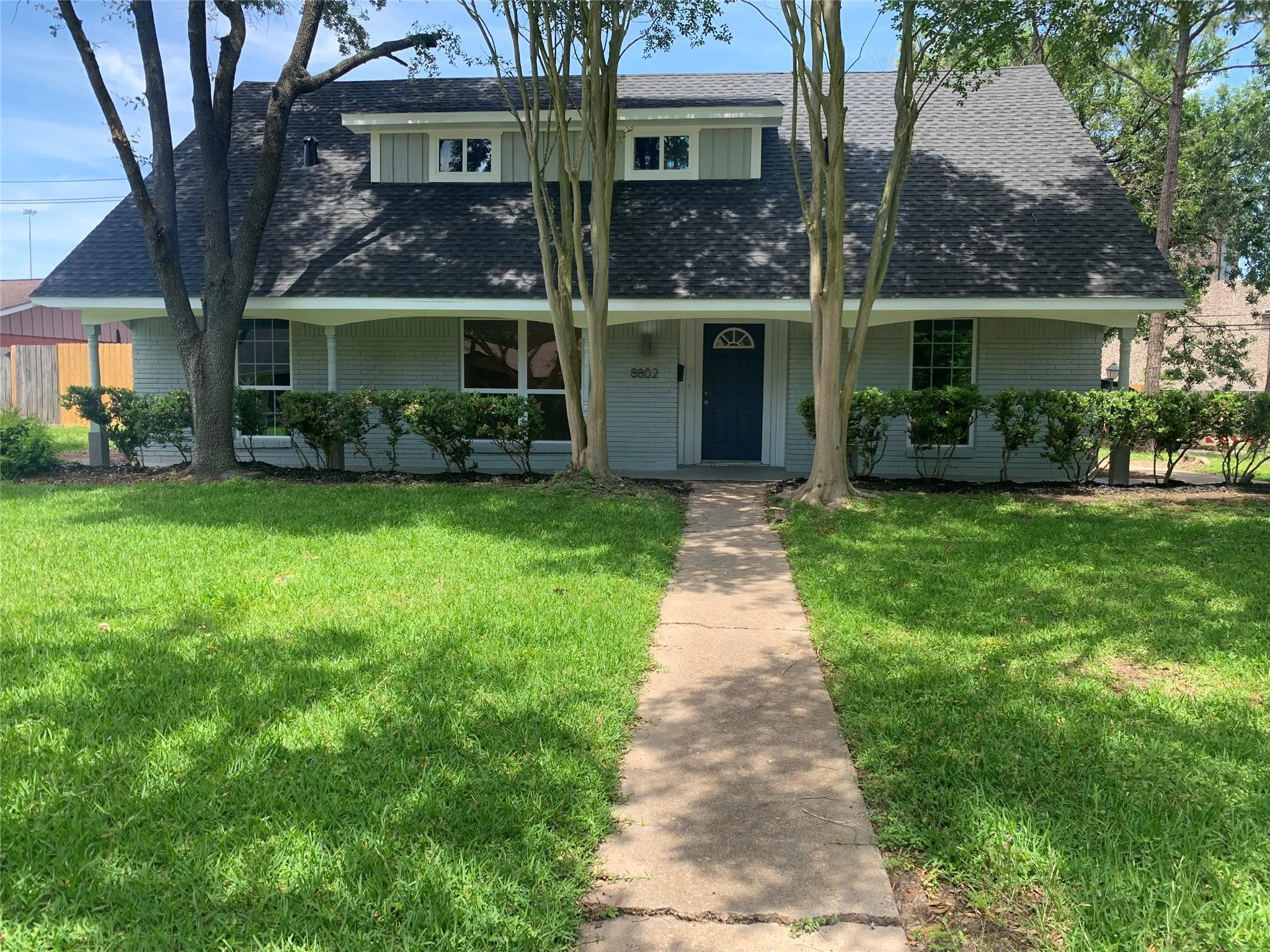 8802 Jason Street Property Photo