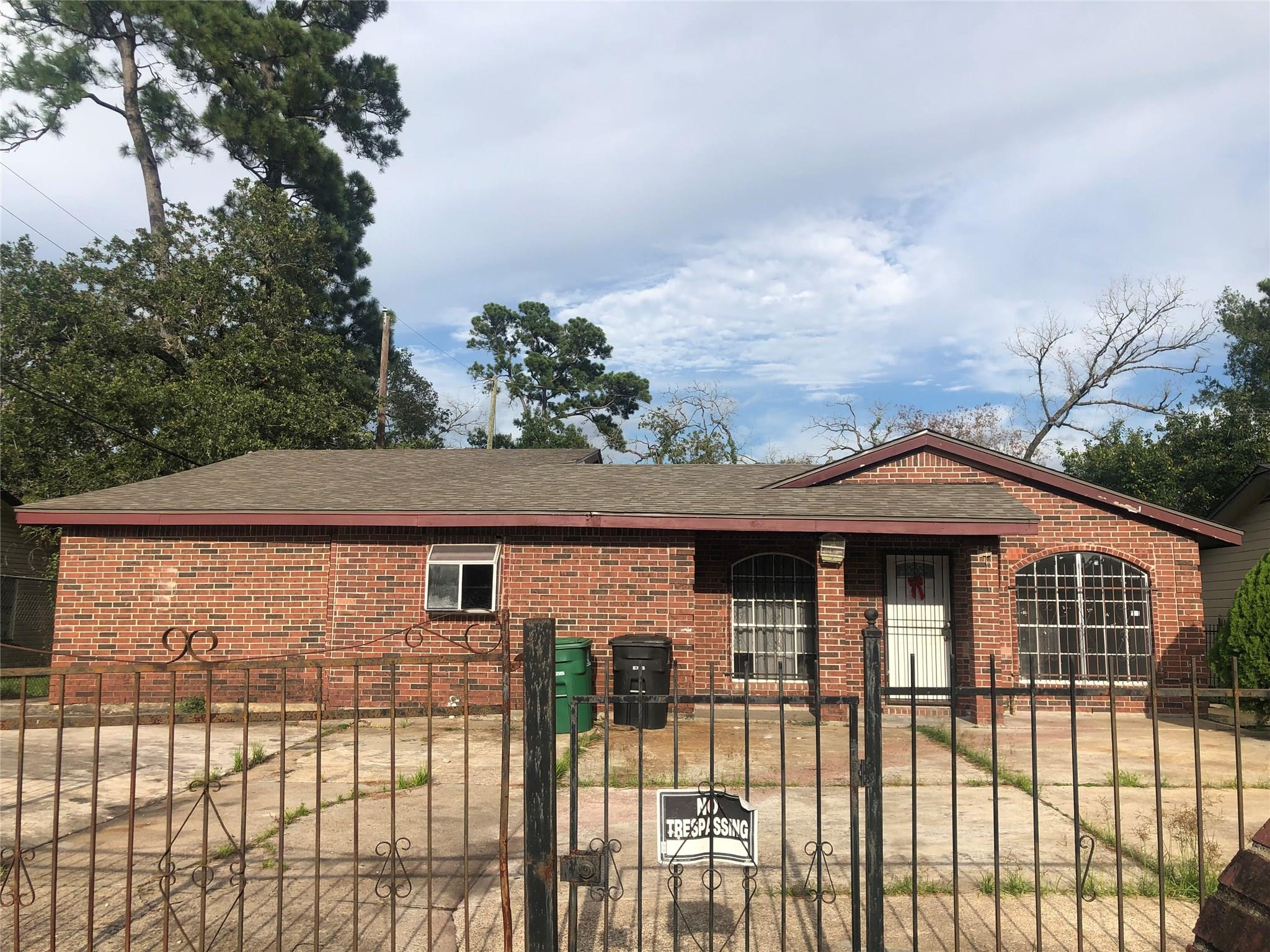 8906 Banting Street Property Photo - Houston, TX real estate listing