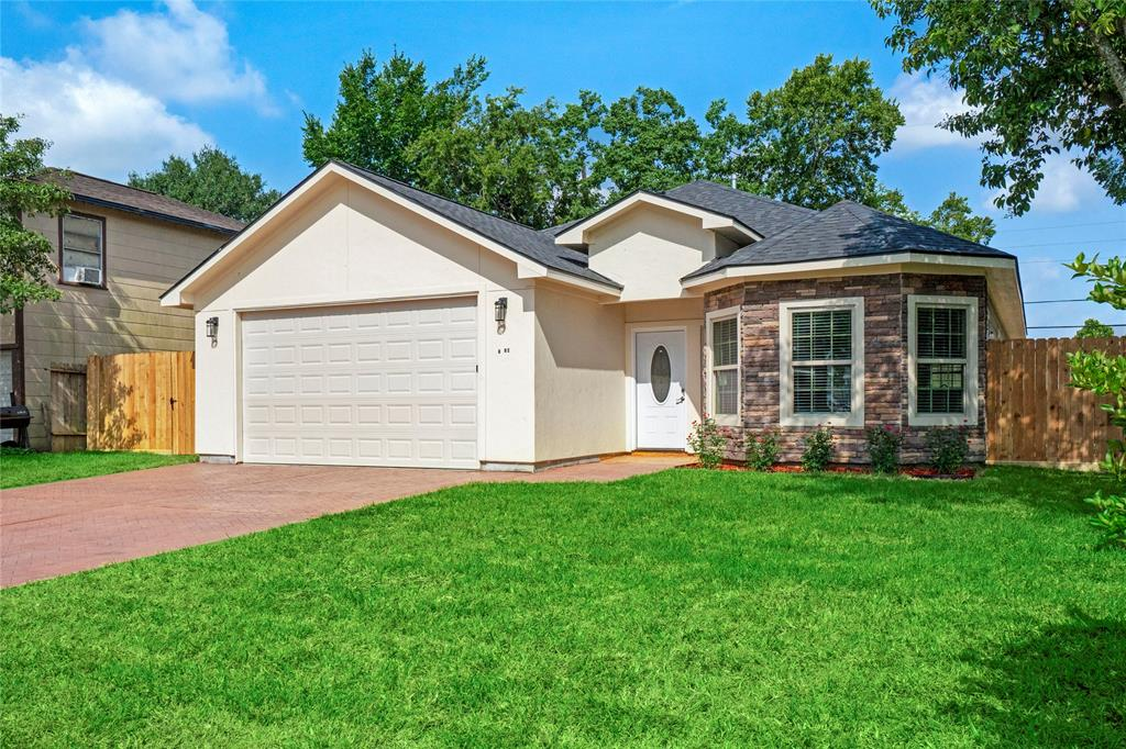 6302 Crestridge Street Property Photo - Houston, TX real estate listing