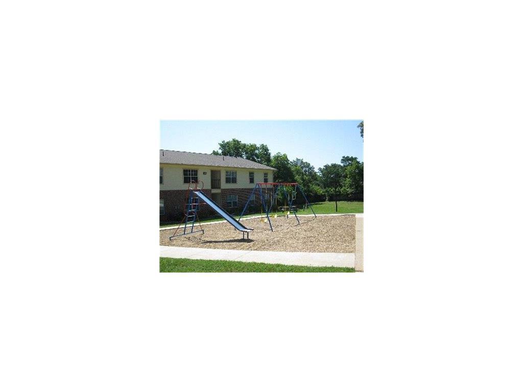 1700 N Jackson Property Photo - Palestine, TX real estate listing