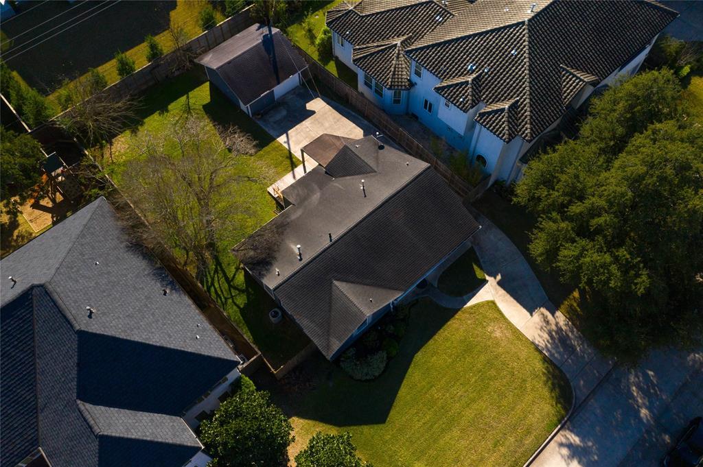 4625 Willow Street Property Photo