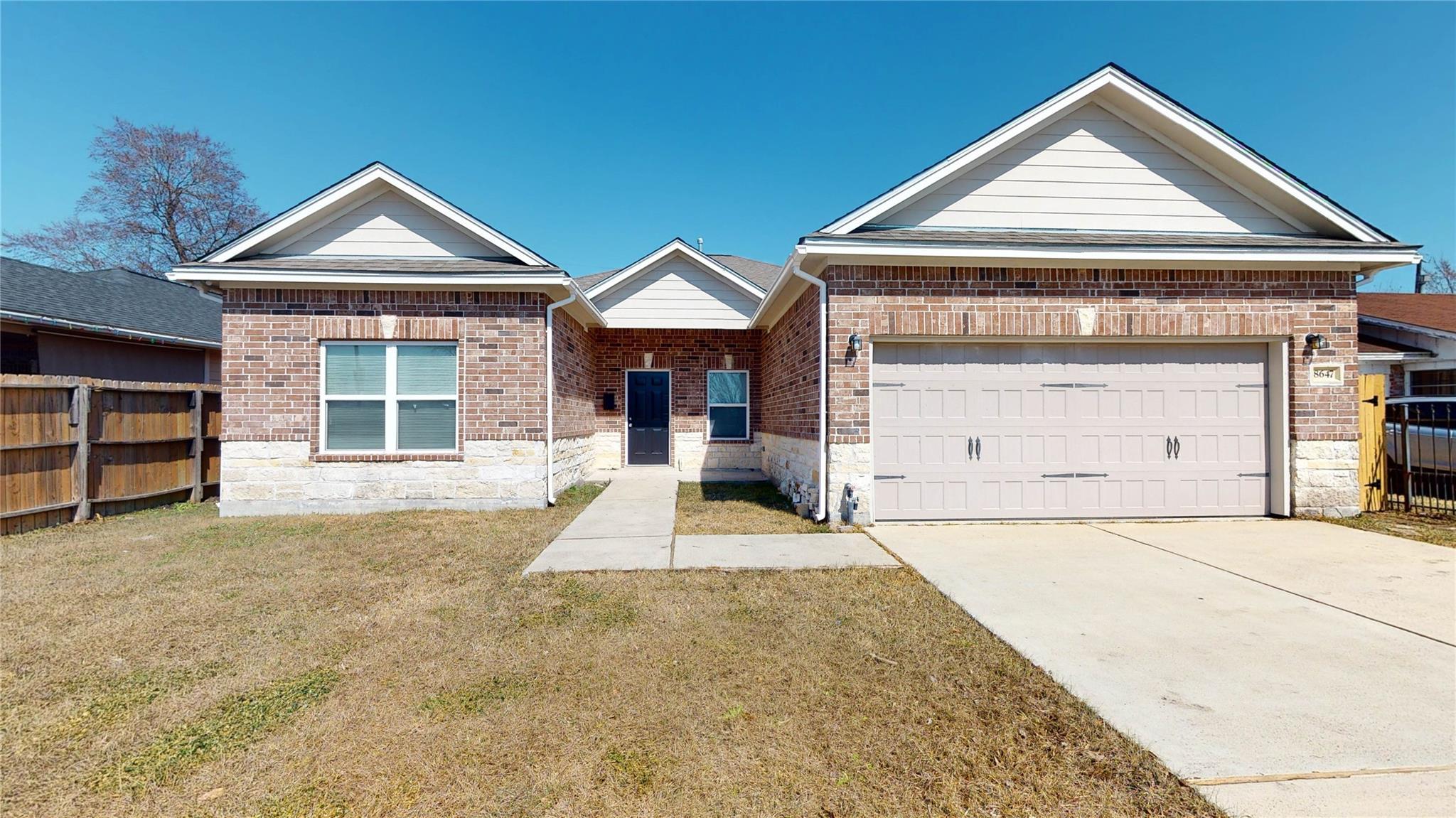 8647 Cowart Street Property Photo - Houston, TX real estate listing