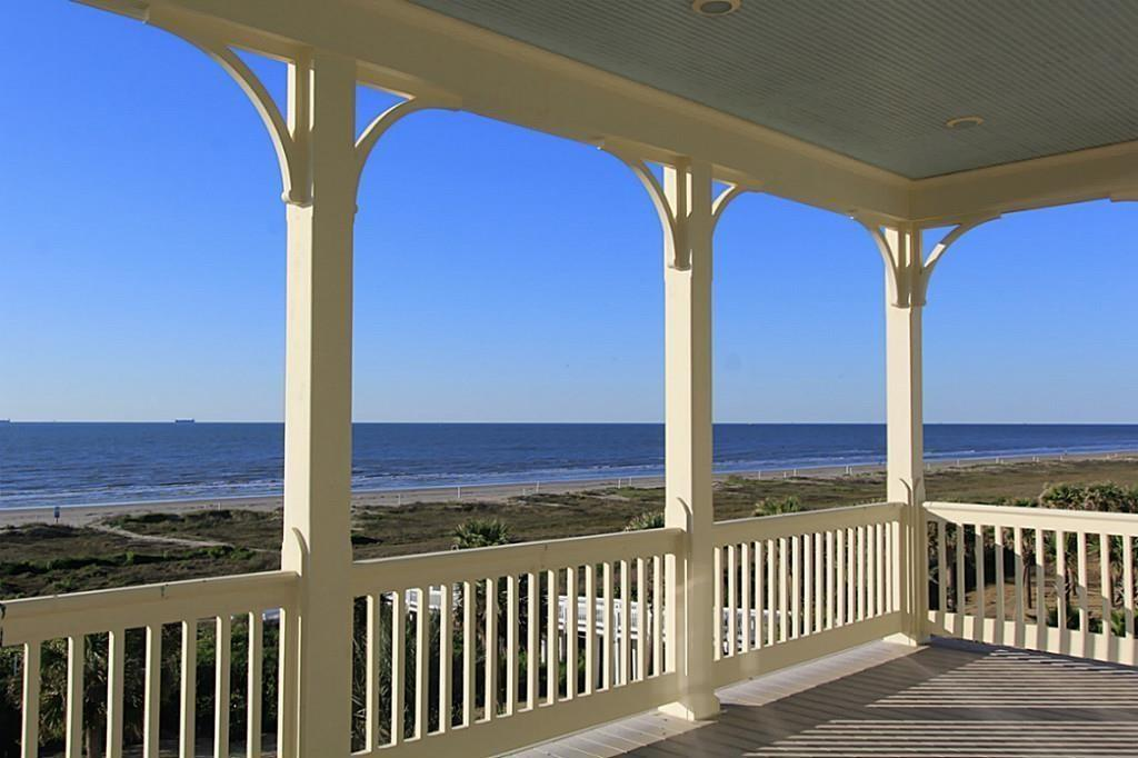 2553 E Seaside Drive Property Photo - Galveston, TX real estate listing